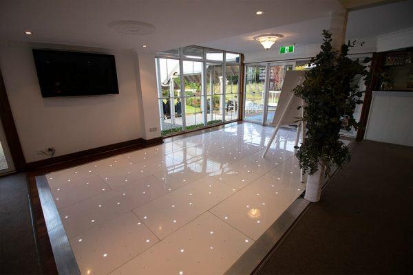 Maleny-Manor-Wedding-Starlight-Dance-Floor-Hire