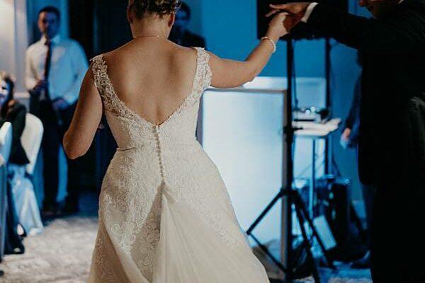 Stamford Plaza Brisbane Reception - first dance bride groom