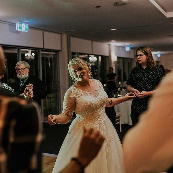 Clear Mountain Lodge - PRO Bride Dancing 5
