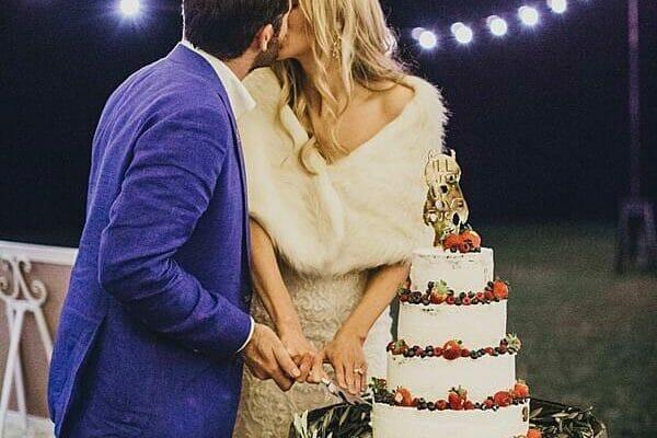 Maleny Retreat - Wedding Cake Cutting Kiss